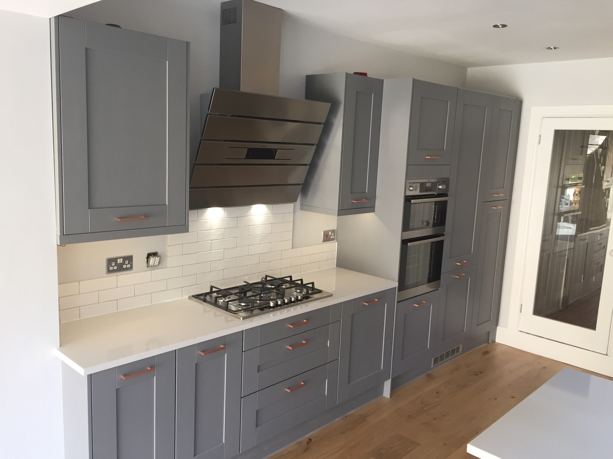 Kitchen Fit Bristol Builders In Bristol Building Companies In - Grey copper kitchen